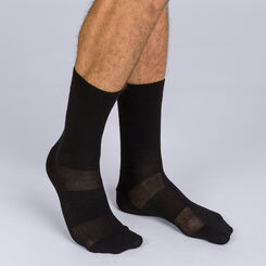 Pack of 2 pairs of black Homme 3D Flex mid calf socks for men, , DIM