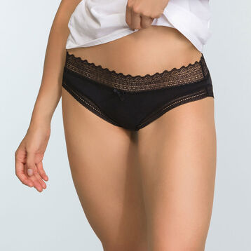 2 pack Sexy Fashion women's lace briefs in Black and Precious Purple, , DIM