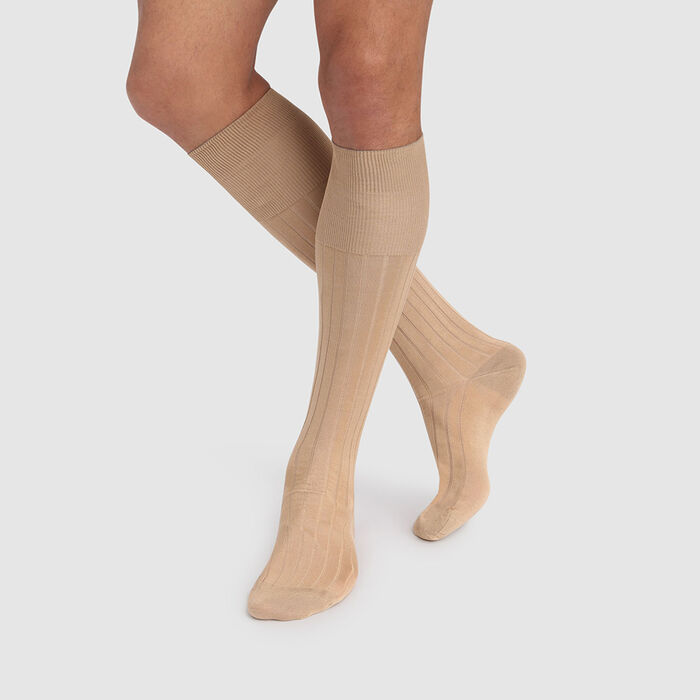 Men's long socks in flax beige colour, made from Scottish mercerized cotton, , DIM