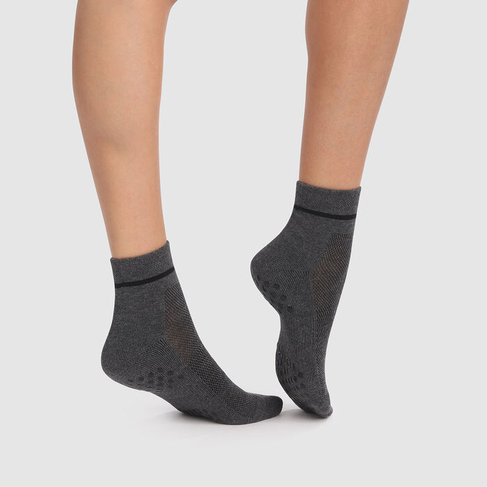 Socquette femme anti-dérapante gris agate Impact léger Dim Sport, , DIM