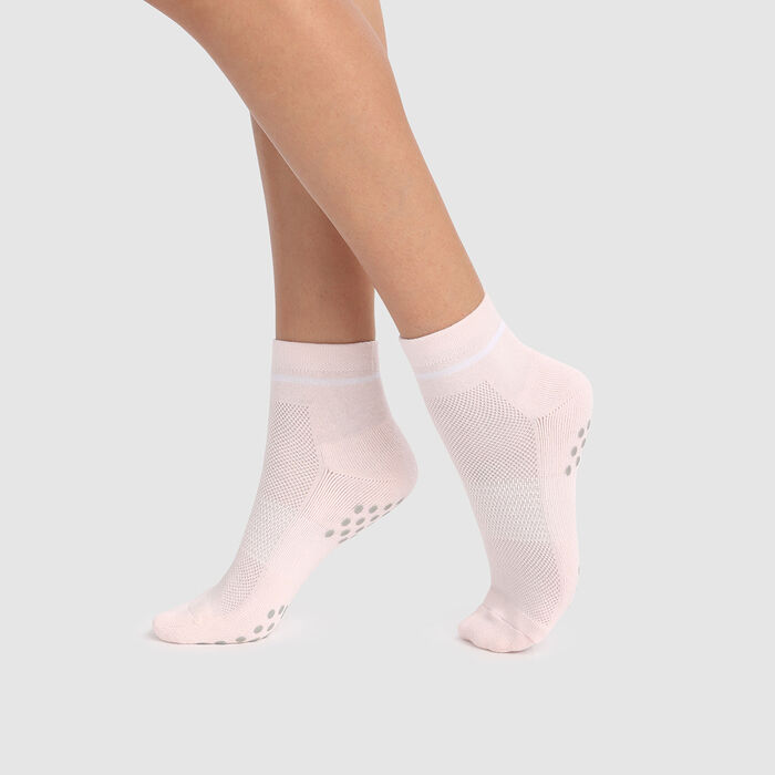 Dim Sport Light Impact women's non-slip ankle socks in primrose pink, , DIM