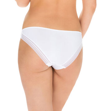 Invisi Fit second skin bikini knickers in white, , DIM