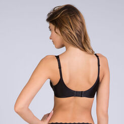 Beauty Lift bra in black, , DIM