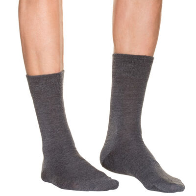 Men's charcoal mid calf socks in wool, , DIM