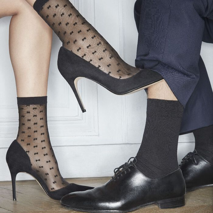 Black pattern socks with small bows 20D Dim Style, , DIM
