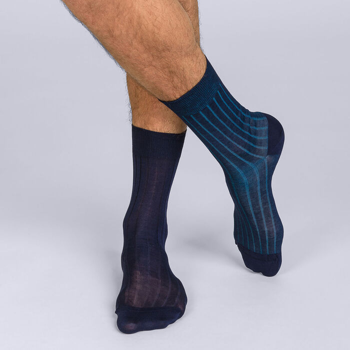 Pack of 2 pairs of men's finely ribbed lisle mid calf socks in plain blue, , DIM