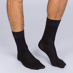 Pack of 2 pairs of black Homme Soft Touch mid calf socks for men, , DIM