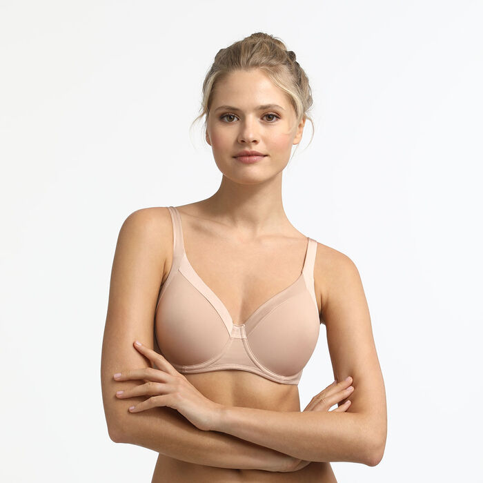 Generous Invisible underwired bra in barely beige, , DIM