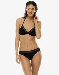 Non-wired black triangle top in microfiber with fishnet yokes, , LOVABLE